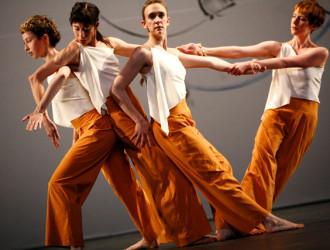 Trisha Brown Dance Company comemora 40 anos